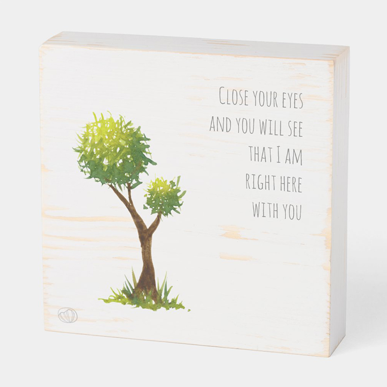 Wood box: Motherly love (Scribble trees collection)